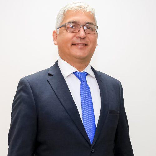 Pr. Adriano Buzzeli