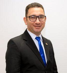 Pr. Fabiano Santos de Araújo