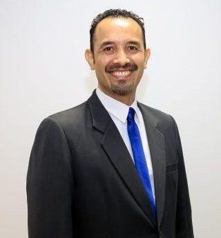 Pr. Robert Larrosa Niz